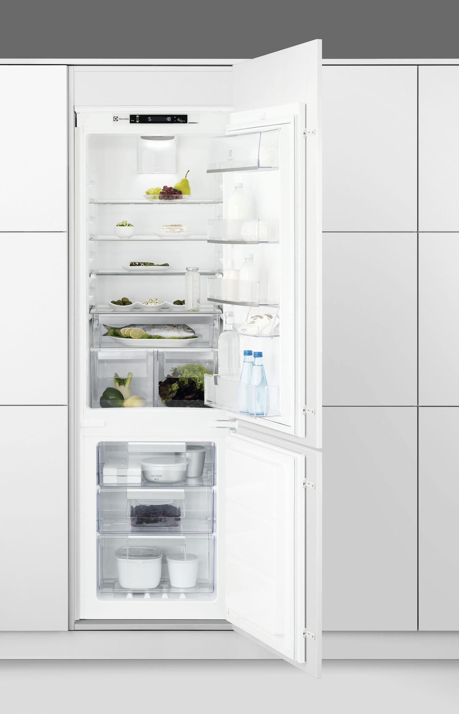 vestavná kombinovaná lednice ELECTROLUX ENN 2854 COW zapojení zdarma