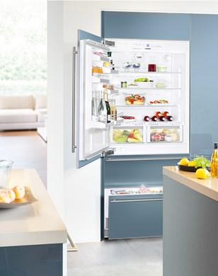 vestavná kombinovaná lednice LIEBHERR ECBN 6156 panty vpravo zapojení zdarma