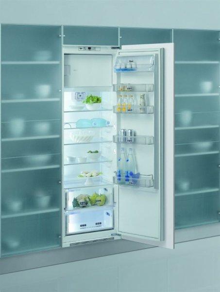 vestavná kombinovaná lednice WHIRLPOOL ARZ 011/A+7 zapojení zdarma