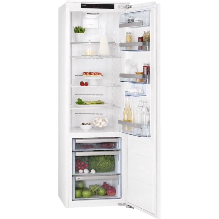 vestavná lednice AEG SKZ81800C0 zapojení zdarma