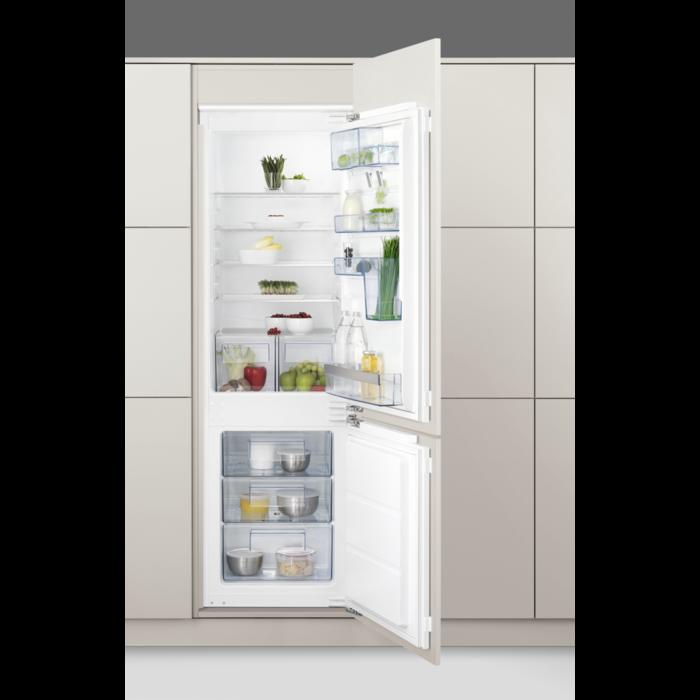 vestavná kombinovaná lednice AEG SCS61800FF zapojení zdarma