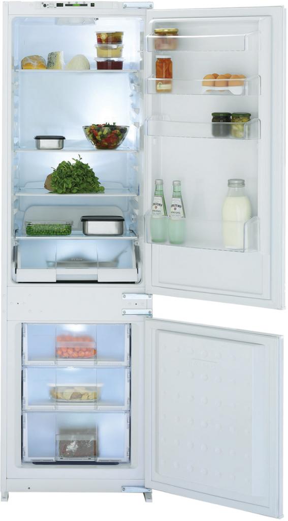 vestavná kombinovaná lednice BEKO CBI 7703 F zapojení zdarma